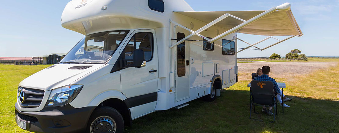 KEA Nomad 2+1 berth campervan - Side view.